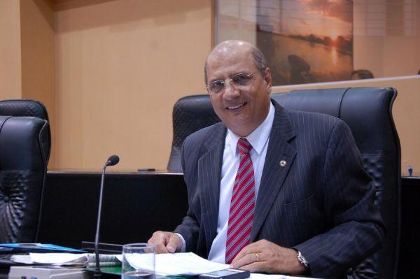 Zeca Viana declara 'guerra' a Pedro Taques, mas não confirma candidatura a presidência da AL