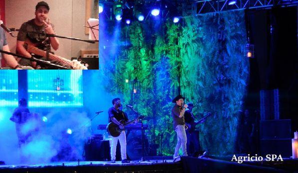 Dupla durante o Show em Cáceres, no último sábado