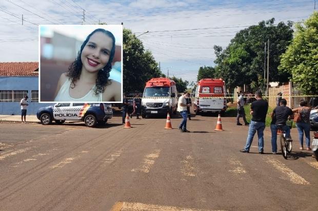 Mulher é assassinada pelo ex com facada no pescoço ao levar filho para visitá-lo
